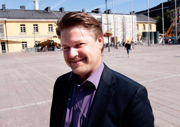 Tuomo Meretniemi osoittaa peräänkuuluttamaansa rohkeutta lähtemällä ensi vuonna perheensä kanssa maailmanympäripurjehdukselle.