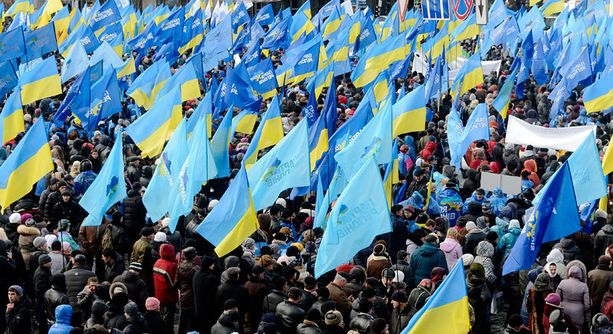 Ukrainan kansa haluaa lähemmäs EU:ta.