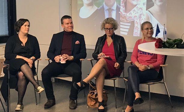 Kaisa Penny, Mikkel Näkkäläjärvi, Miapetra Kumpula-Natri ja Tuulia Pitkänen ovat SDP:n meppiehdokkaita ensi kevään eurovaaleissa.