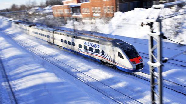 VR haluaisi kolminkertaistaa junamatkustajien määrän Helsingin ja Pietarin välillä.
