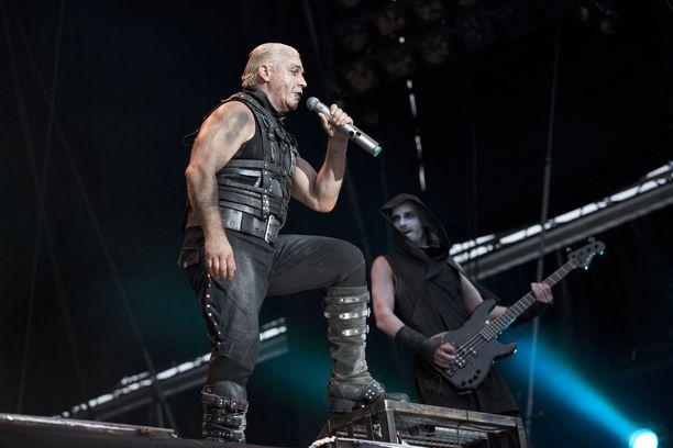 Rammstein esiintyi Rock The Beach -festivaalilla Helsingissä 2013.