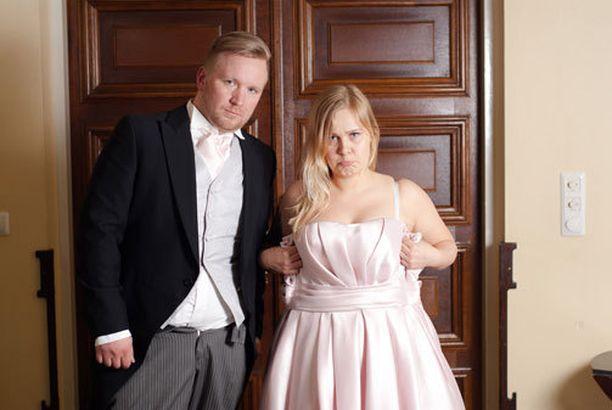 Uusioperheen arkea elävät Antti ja Heidi joutuvat rankkaan rääkkiin.