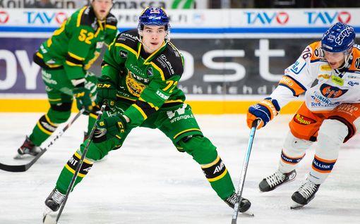Matias Maccelli jatkaa Ilveksessä – teki keväällä tulokassopimuksen NHL-joukkueen kanssa