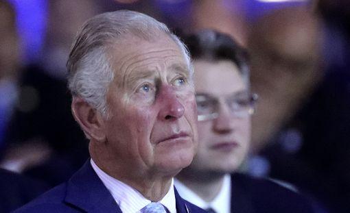 69-vuotis prinssi Charles haluasi brittilehtien mukaan itselleen jo kovasti lisää äitinsä kuninkaallisia velvollisuuksia.