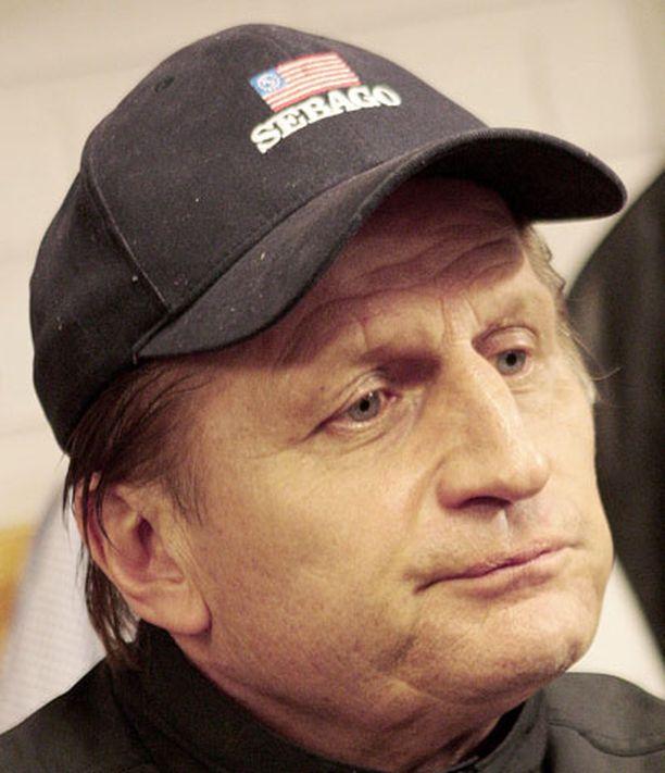 Juhani Tamminen on yksi Suomen jääkiekkoilun suurimpia persoonia.