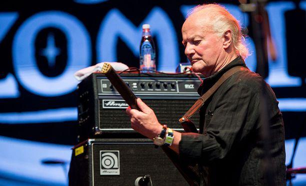 Muun muassa The Kinks -ja The Zombies -yhtyeistä tunnettu basisti Jim Rodford on kuollut tänään 76-vuotiaana.