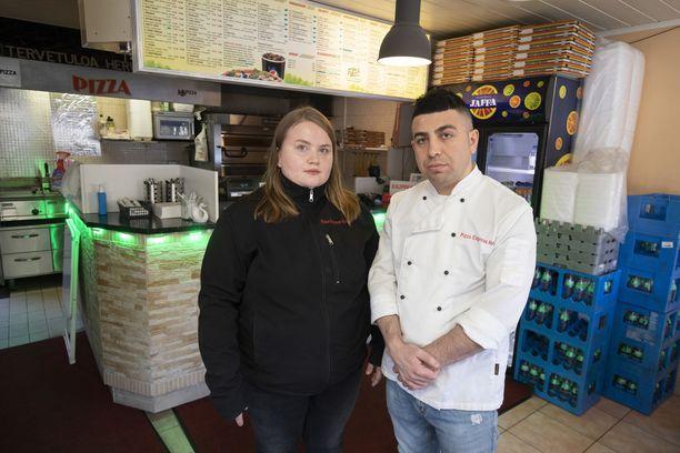 Johanna ja Serdal Karakoc pyörittävät kahta pizzeriaa Vantaalla ja Helsingissä.