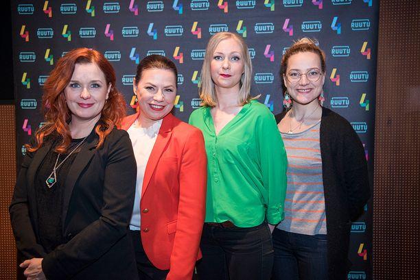 Kirsi Ylijoki, vas., näyttelee Susanna Reinbothia ja Pilvi Hämäläinen, oik., on puolestaan Minna Passi tv-sarjassa.