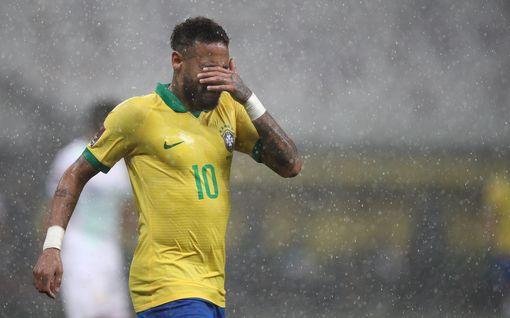 """Neymar teki ison virheen suorassa lähetyksessä – maanmiehen puhelin alkoi heti laulaa: """"Vannon, että se oli vahinko"""""""