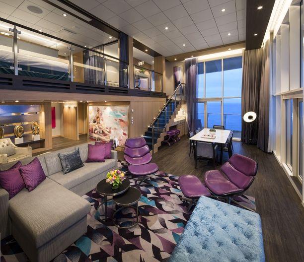 Kaksikerroksisessa Royal Loft Suitessa riittää tilaa ja ilmaa.
