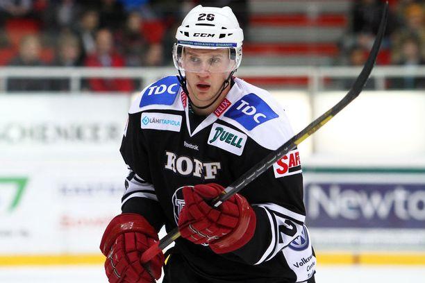 609 NHL:n runkosarjan ottelua urallaan pelannut Korpikoski edusti TPS:aa viimeksi työsulkukaudella 2012-13.