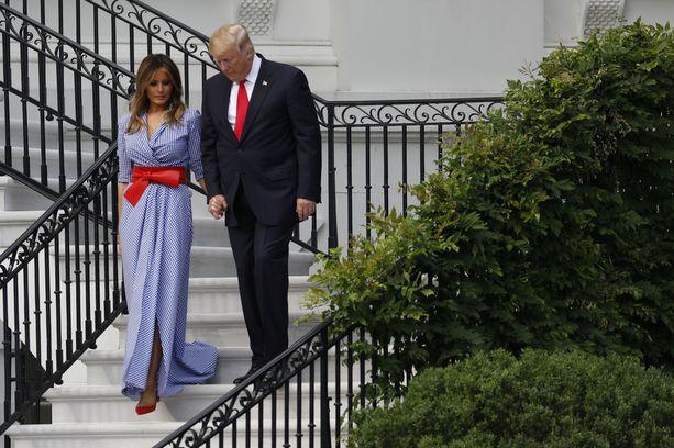 Melania Trump on pysynyt miehensä rinnalla useista kohuista huolimatta.