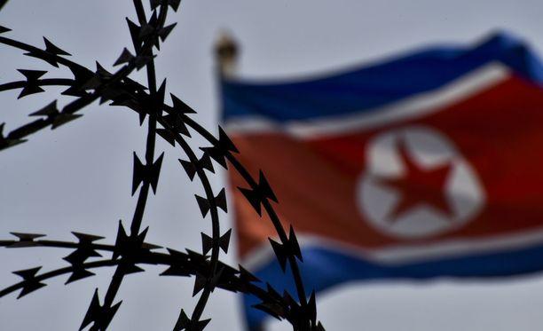 Pohjois-Korea laittaa ydinaseohjelmansa jäihin antaen samalla ymmärtää, että maalla on hallussaan toimiva ydinase.