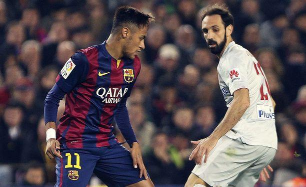 Neymar ja Juanfran väänsivät eilen cupin välierässä.