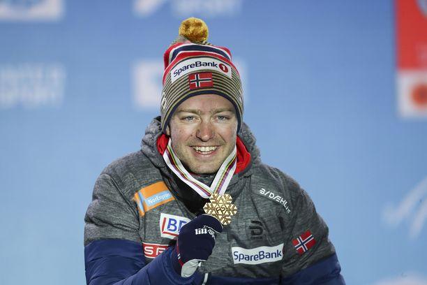 Norjan Sjur Röthe osoitti hirmukuntoaan voittamalla yhdistelmäkisan kultaa.