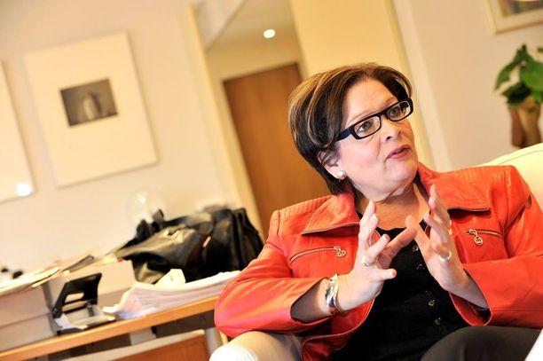 Palvelualojen ammattiliiton puheenjohtaja Ann Selin totesi jo kesän alussa, että valtakunnallinen lakko on mahdollinen piankin.