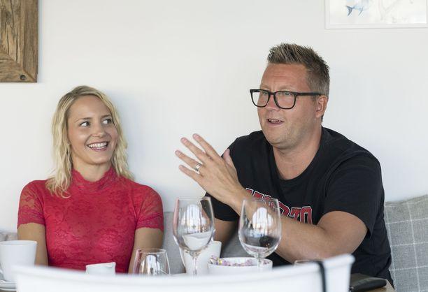 Maria Nyqvist ja Jani Sievinen valitsivat hääpaikkansa jo viisi vuotta sitten.