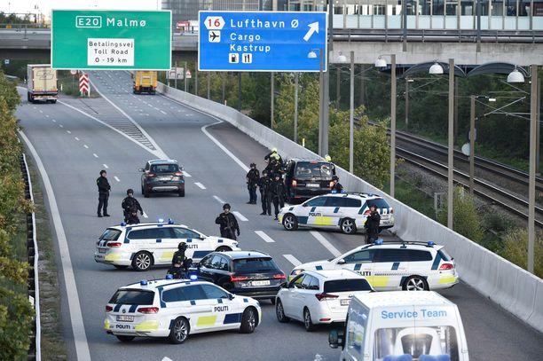 Operaatio on aiheuttanut Kööpenhaminassa ja sen lähistöllä liikennekaaoksen.