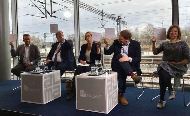Pormestariehdokkaat osallistuivat Kauppalehden ja Uuden Suomen paneeliin maanantaina.