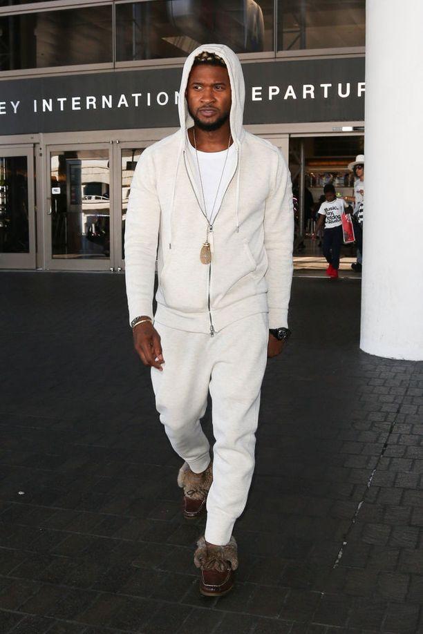 Usher on pysynyt hiljaa skandaalin keskellä.