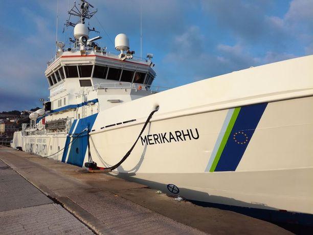 Merikarhu lähti matkaan maaliskuussa ja operaatio venyy todennäköisesti pitkälle ensi vuoteen.