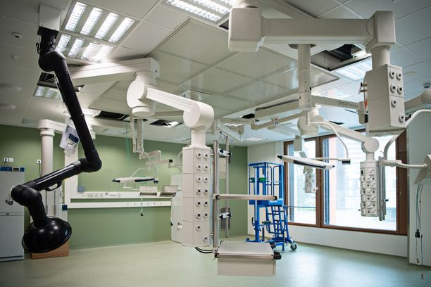 Uutuuttaan kiiltävät toimenpidehuoneet ovat valmiina pieniä potilaita varten.