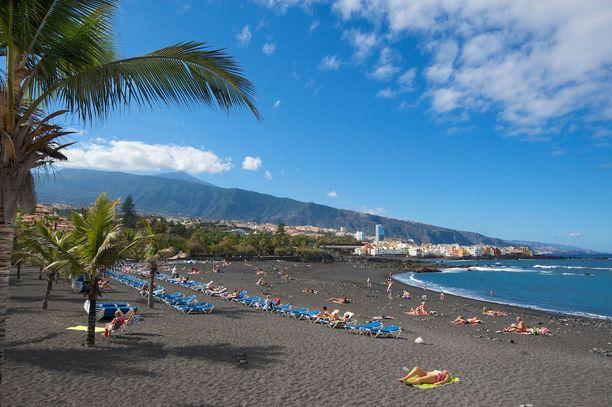 Playa Jardin, Teneriffa: Kanariansaarten Teneriffalla on monenlaisia rantoja. Tämä musta ranta on Puerto de la Cruzin suosituin.