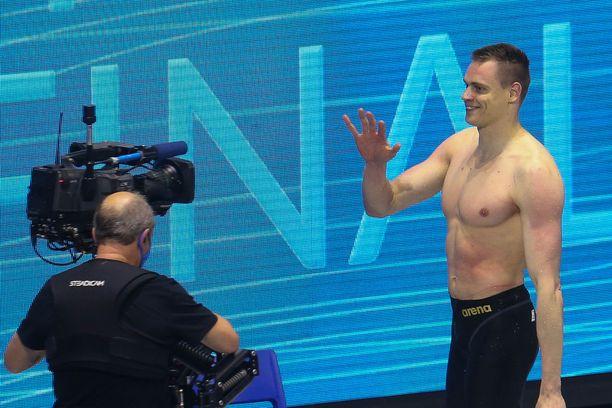 Ari-Pekka Liukkonen tappelee hyvänä päivänä mitalista Tokion 50 metrin vapaauinnissa.