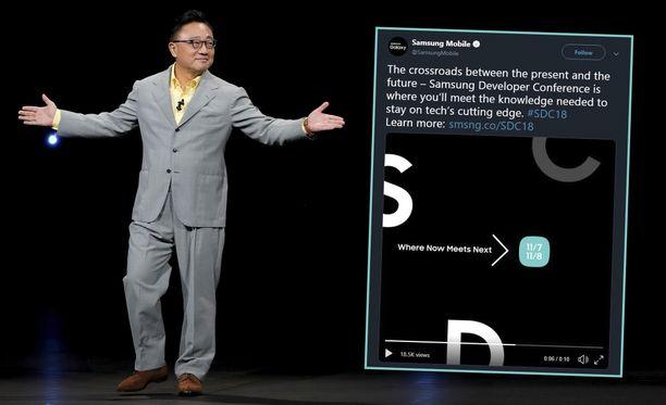 Samsungin mobiilipuolen toimitusjohtaja D.J. Koh.