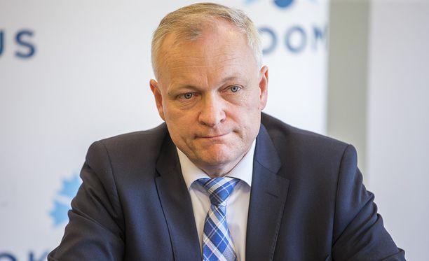 Kalle Jokisen mukaan kokoomus tukee yhä hallituksen sote-mallia.