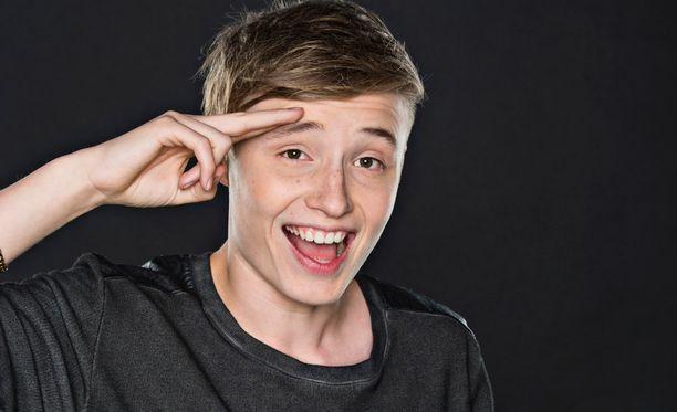 Vasta 14-vuotias Isac Elliot valmistautuu jo kolmannen albuminsa julkaisuun.