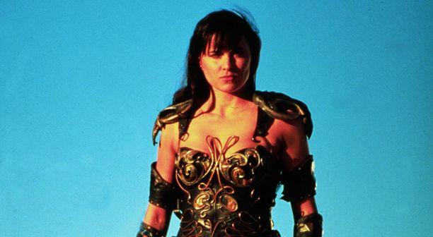 Uusiseelantilainen näyttelijä Lucy Lawless nousi suursuosioon Suomessakin näyteltyään 90-luvulla Xena-soturiprinsessaa,