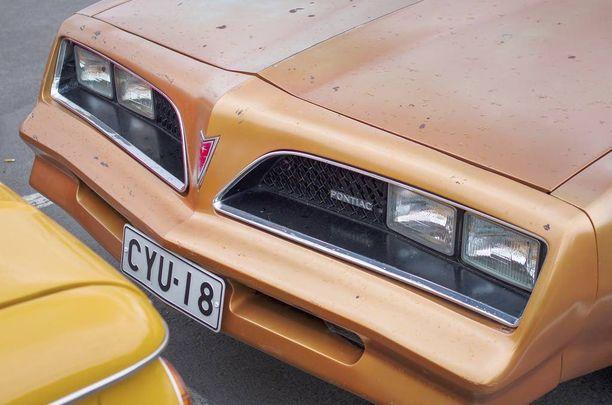 Mallivuosien 1977-1978 keula on parhaan näköinen kuluneesta maalipinnasta huolimatta.