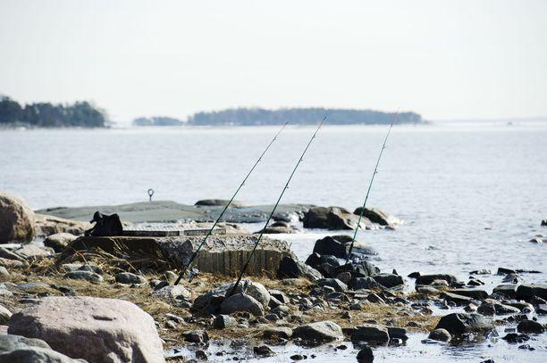 Poikkeusaika on mahdollistanut usealle suomalaiselle kalastusharrastuksen.