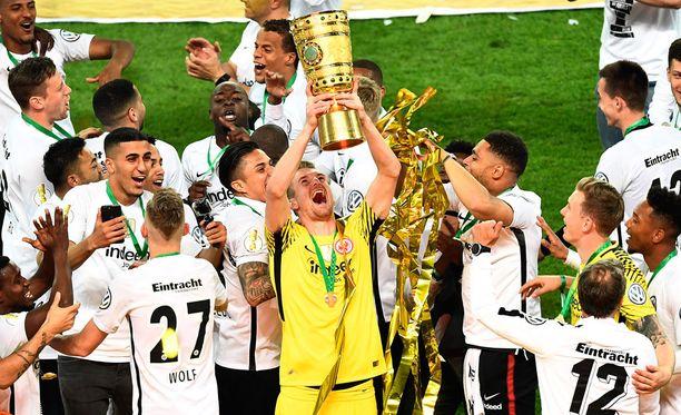 Lukas Hradeckyn sarjakausi päättyi cupmestaruuteen.