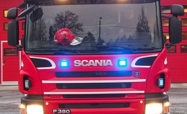 Palokunta välttyi rajummilta sammutustoimenpiteiltä Kiteellä. Kuvituskuva.