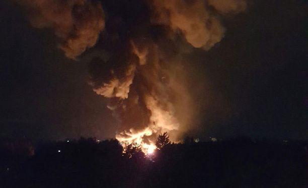 Tulipalo aiheutti vakavat vahingot Turun linja-autovarikolla syyskuussa.