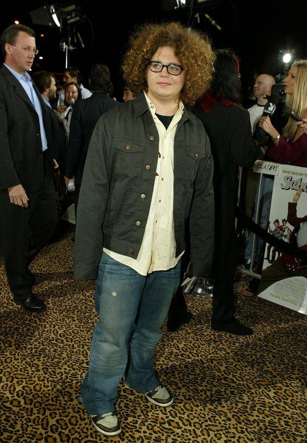 Vuonna 2003 Jack Osbourne oli pullea ja pörröpäinen teini, joka oli riippuvainen alkoholista ja lääkkeistä.
