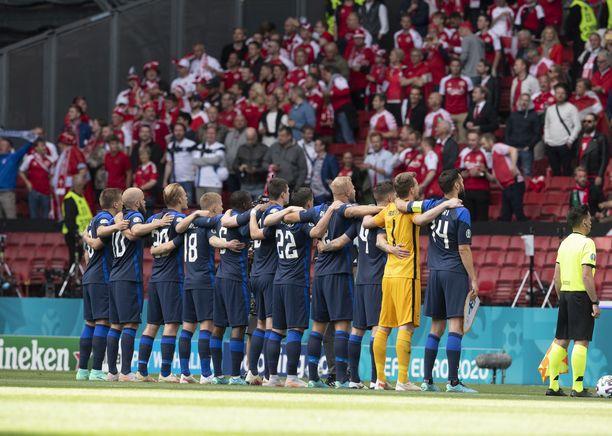 Suomi voitti Tanskan EM-avausottelussaan 1–0.