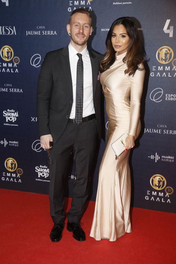 SofiaBelórf  ja Niko Nousiainen tunnettiin vuosia julkkisparina.