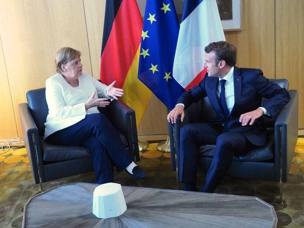 Saksan liittokansleri Angela Merkel ja Ranskan presidentti Emmanuel Macron toivoivat alankomaalaisen Frans Timmermansin nousevan EU-komission puheenjohtajaksi.