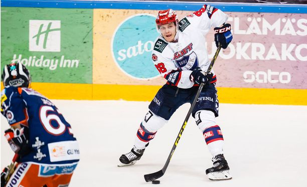 Joonas Raskin pudotuspelien osumatarkkuus on 12,1 prosenttia. HIFK:n kärkipelaajista vain Corey Elkins ja Jasse Ikonen pystyvät esittämään paremman lukeman.