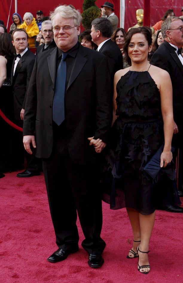 Vuosi sitten helmikuussa kuolleen Philip Seymour Hoffmanin avovaimo Mimi O'Donnell ei halunnut piilottaa surua lapsiltaan.