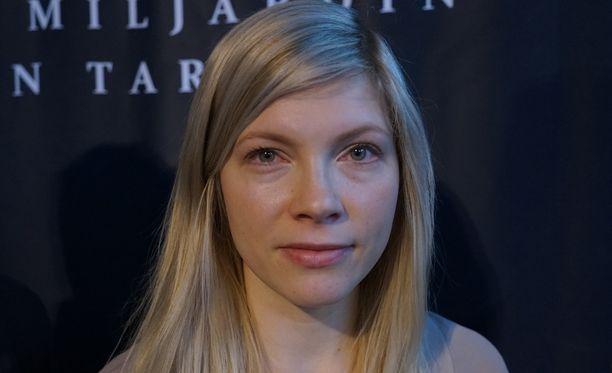 Saara Kotkaniemi aikoo haastatella tutkimukseena 60 näyttelijää ja ohjaajaa.
