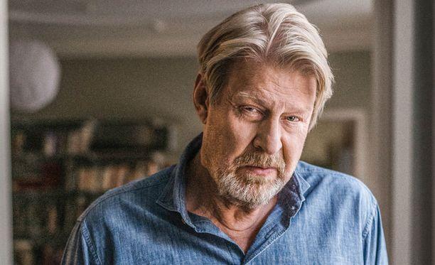 Rolf Lassgård muistetaan myös Kurt Wallanderina.