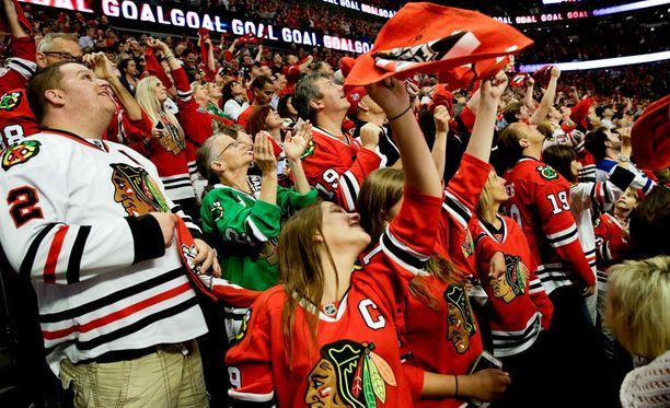 Chicagolla on mahdollisuus voittaa Stanley Cup kotiyleisönsä edessä.