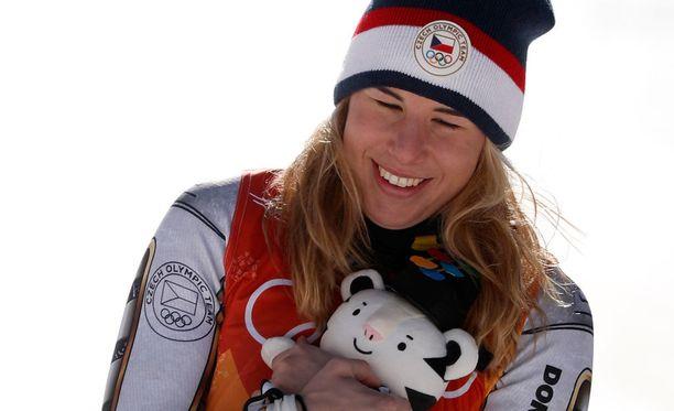 Ester Ledeckan oli vaikea uskoa omaa olympiavoittoaan.