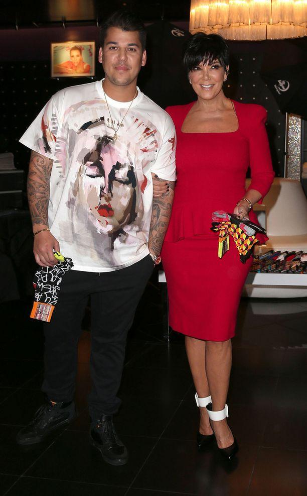 Rob Kardashian ja äiti Kris Jenner keväällä 2013. Robin, Kimin, Kourtneyn ja Khloén isä, asianajaja Robert Kardashian kuoli syöpään vuonna 2003.