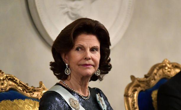 Kuningatar Silvia rikkoo hiljaisuuden #metoo -aiheesta SVT:n uudenvuodenpäivänä julkaistavassa ohjelmassa. Kuvassa kuningatar Ruotsin akatemian vuosittaisessa tapaamisessa 20.12.2017.