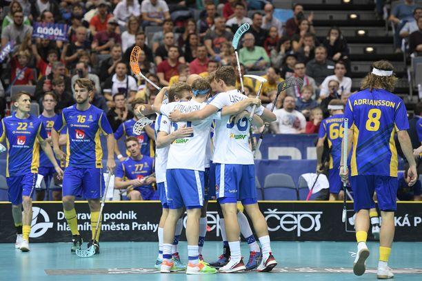 Suomi aloitti MM-finaalin väkevästi.